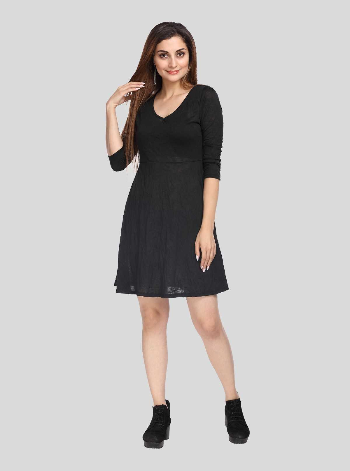 Black Scattered Dress